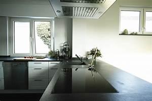Schwarze Hochglanz Küche : schiefer k chenarbeitsplatte aus schiefer schiefer arbeitsplatte ~ Markanthonyermac.com Haus und Dekorationen