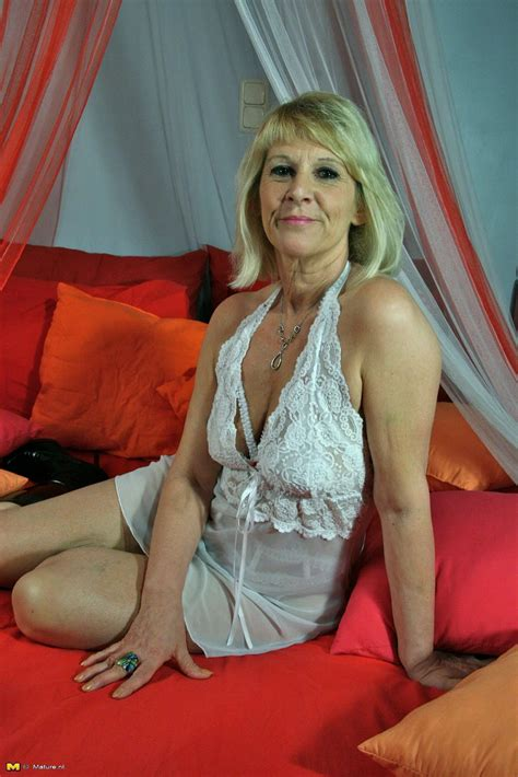 Backup Older Women Archive Older Women Pics And Vids 15 Issue