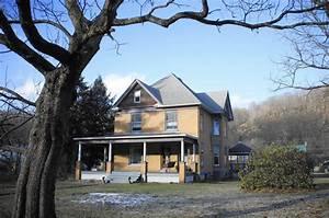 Pa  Couple Struggles To Sell  U0026 39 Silence Of The Lambs U0026 39  House