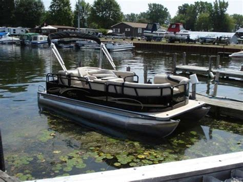 Mini Pontoon Boats For Sale Ontario by Timotty This Pontoon Boat For Sale In Ontario
