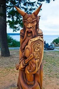 viking wood carving Pinterest
