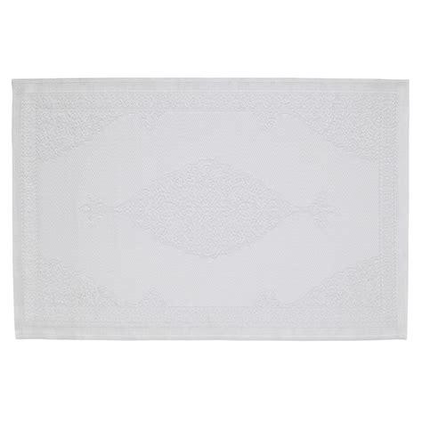 tapis d extérieur en polypropylène tapis d ext 233 rieur en polypropyl 232 ne blanc 120 x 180 cm ibiza maisons du monde