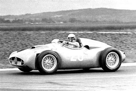 La bugatti type 251 est une monoplace de formule 1 du constructeur automobile français bugatti, construite en deux exemplaires en 1955 et 1956. Bugatti Type 251 1955 on MotoImg.com
