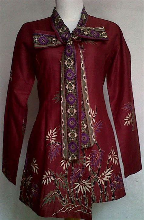 model baju batik kerja wanita modern terbaru  desain