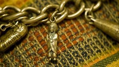 Bracelet Background