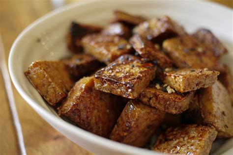 cuisiner le tofu ferme tofu caramélisé à l 39 érable banlieusardises