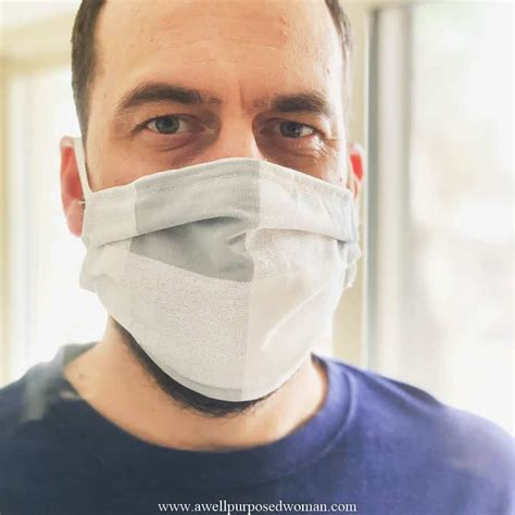 sew  diy face mask     purposed woman