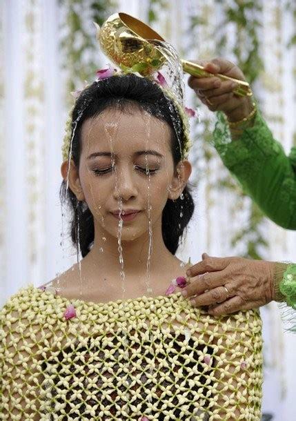 presiden sby hadiri prosesi panggih pernikahan putri sri