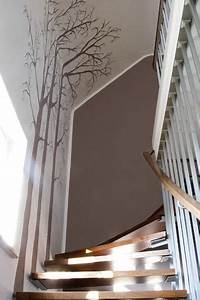 Wandgestaltung Treppenhaus Einfamilienhaus : die besten 20 treppenhaus streichen ideen auf pinterest treppe streichen dachgeschossausbau ~ Markanthonyermac.com Haus und Dekorationen