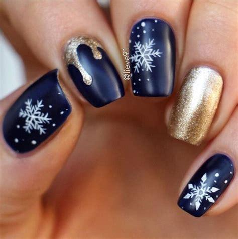 Выбираем модный дизайн ногтей на Новый год 2020