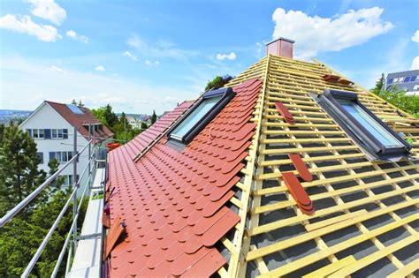 Dach Decken  Hausumbau Planen