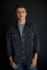 FOOTLOOSE Remake Cast Announced; Newcomer Kenny Wormald to ...