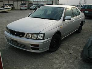 1999 Nissan Bluebird Photos