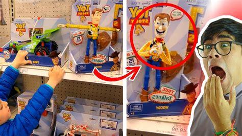 juguetes captados moviendose en tienda youtube