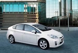 Toyota Prius Versions : prius 1 8 cvt a t nueva version toyota hilux cordoba volkswagen amarok cordoba hilux ~ Medecine-chirurgie-esthetiques.com Avis de Voitures