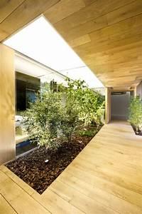 Jardin D Interieur : petit jardin d 39 int rieur moderne ouvert et ferm en 49 images ~ Dode.kayakingforconservation.com Idées de Décoration
