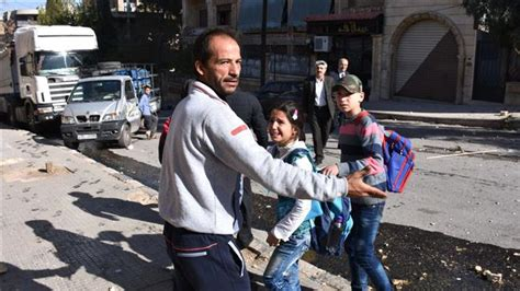 siege unicef nearly 500 000 living siege in syria unicef