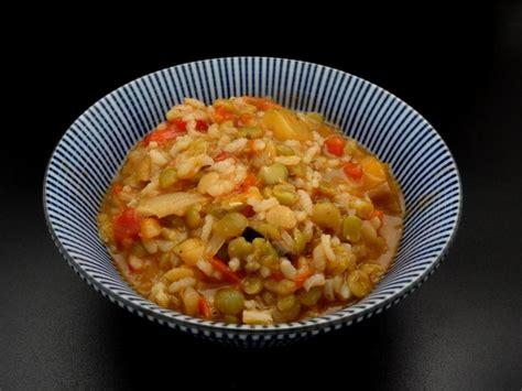 cuisiner pois cass駸 recette facile du ragoût complet aux riz et pois cassés