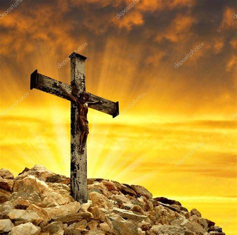jesus christus  kreuz stockfoto