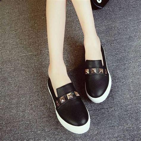 jual sepatu kets permata studed putih dan hitam grosir sepatu murah limited di lapak