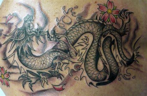 drachen unterarm drachen tattoos und die bedeutungen