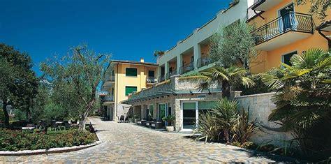 Wellness Hotel Casa Barca by Wellness Hotel Casa Barca Malcesine Compare Deals