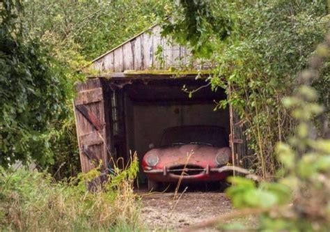 jaguar  type  discovered   dilapidated garage