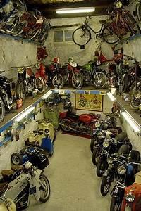 La Maison De La Moto : locations de vacances au mus e de la moto d 39 entrevaux et ses environs ~ Medecine-chirurgie-esthetiques.com Avis de Voitures