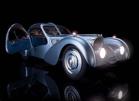 Only he or a few selected friends, mainly bugatti racing drivers, had the honour of. Amalgam Bugatti Type 57SC Atlantic - Blue/Black • DiecastSociety.com