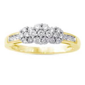 yellow gold engagement ring 10k yellow gold cluster engagement ring engagement rings review