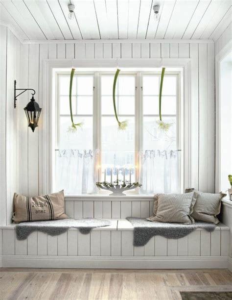Sitzbank Am Fenster sitzbank mit stauraum f 252 r innen oder au 223 en archzine net