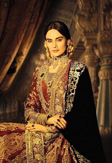 "Ali Xeeshan's ""The Royal Family Portraits"" - High Fashion ..."