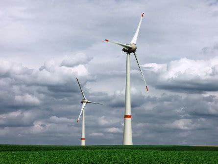 Промышленные ветрогенераторы большой мощности как устроены и как работают