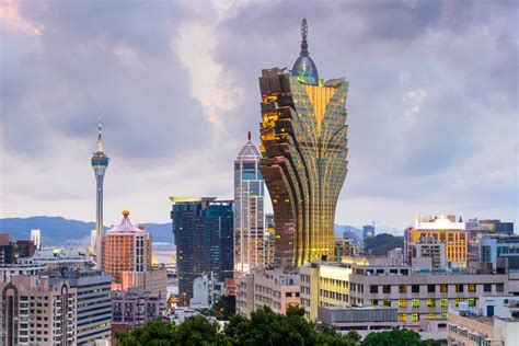 alibaba signs smart city development deal  macau