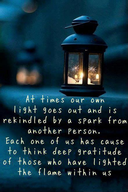 whats the best way tohang lights on a tree vertical or horizonatal never forget those who kept you moving forward 183 moveme quotes