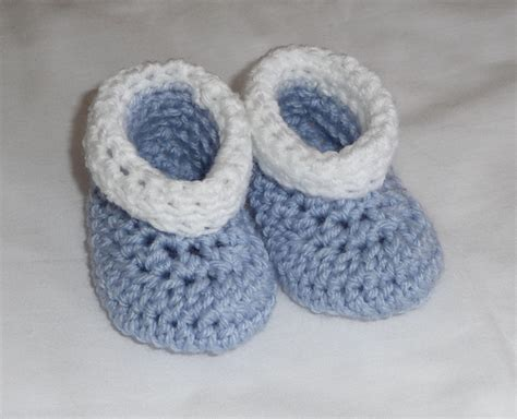 crochet baby booties the perfect baby gift 10 more free crochet baby booties patterns