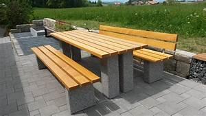Parkbank Mit Tisch : sitzgruppe neuenegg mit tisch parkb nke und seniorenb nke stadtmobiliar fuchs parkbank ~ Markanthonyermac.com Haus und Dekorationen