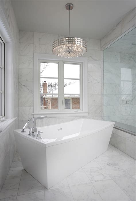 Bathrooms With Glittering Chandeliers