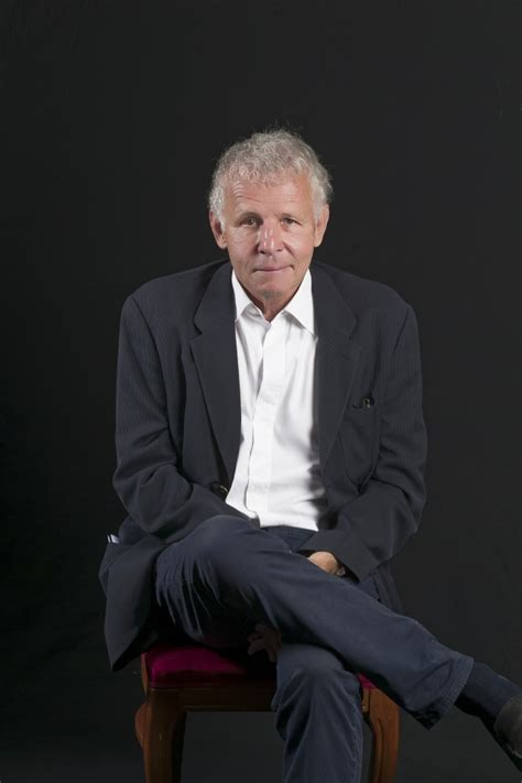 Слушай музыку от patrick poivre d'arvor, похожую на le grand débat du soir : Patrick Poivre d'Arvor Récitant concerts-lectures