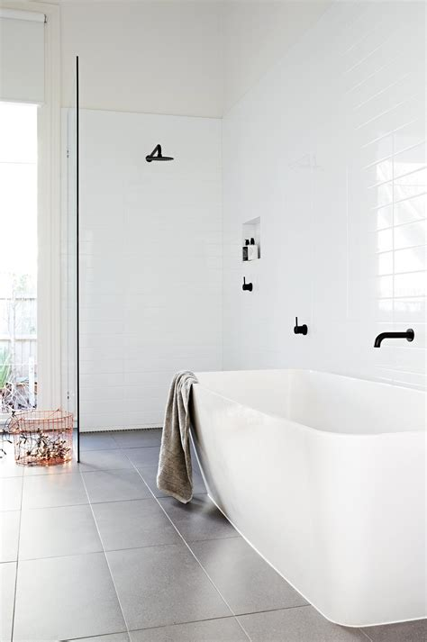 top  black  white bathrooms styling  heather nette