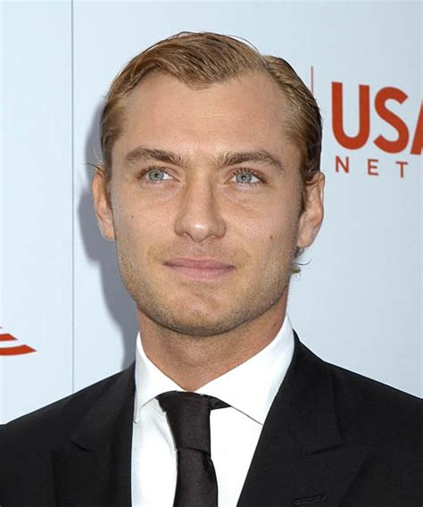 jude law short wavy formal hairstyle