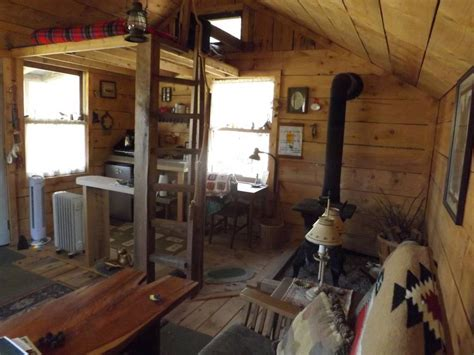 cozy sqft tiny house built    grid world