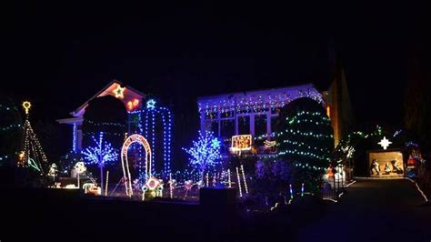 where to find lights displays in melbourne