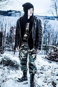 Oskar Tonne Metall : style metal ~ Markanthonyermac.com Haus und Dekorationen
