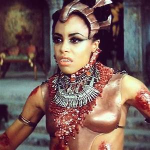 Akasha Queen of the Damned | Vampyre Nosferatu | Pinterest ...