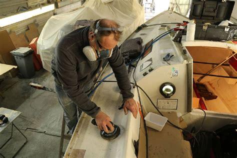 boucher un trou comment boucher un trou sur un bateau voile moteur