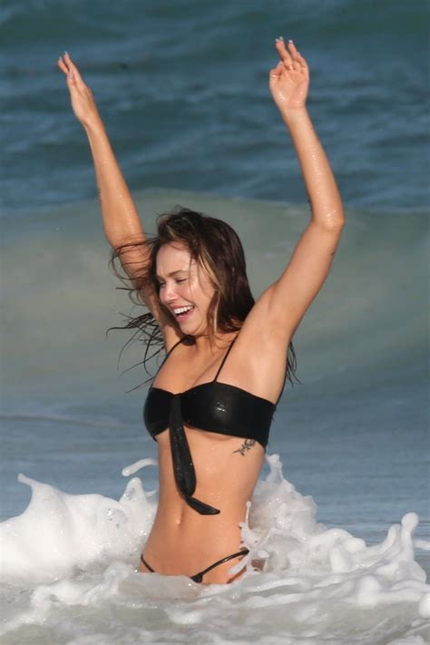 alexis ren thefappening sexy bikini   fappening