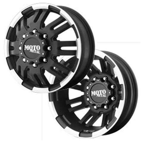 moto metal  dually  custom wheels