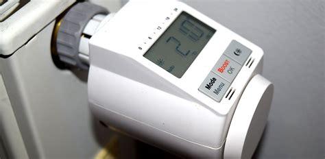 programmierbarer heizkörper thermostat heizk 246 rper thermostat auf deine wunschtemperatur programmiert