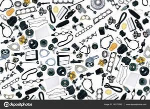 Piece Detachee Voiture : pi ces d tach es voiture sur fond blanc photographie dezay 142173562 ~ Medecine-chirurgie-esthetiques.com Avis de Voitures